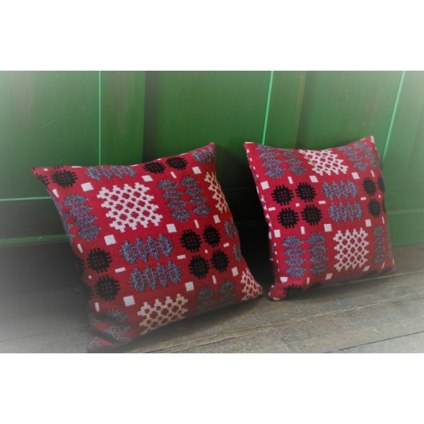 Crimson lambswool Welsh tapestry cushions CZ50