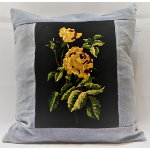 Yellow Rose Cushion CZT81