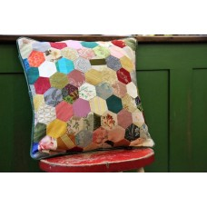 Grandmothers Flower Garden. Patchwork cushions CZQ12