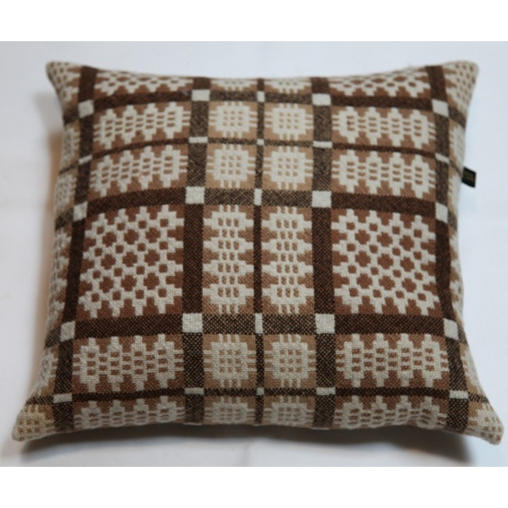 Nutmeg Caernarfon Tapestry Cushions Cz112