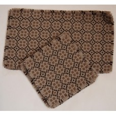 Two Table centres & 6 place mats PC67