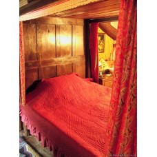 Teal Green & Madder Red Sateen quilt Q35