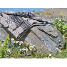 Black & Cream ticking stripe narrow width blanket NL109