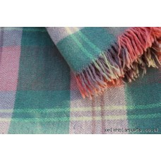 1950s Vintage fringed Welsh blanket peppermint & salmon Pink FB120