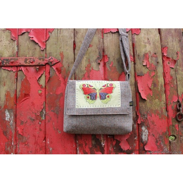 Messenger bags with Butterfly flannels.