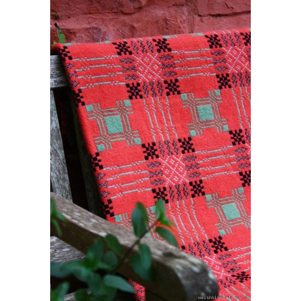 Maeslyn Mill tapestry in Coral Pink & Mint TBV55