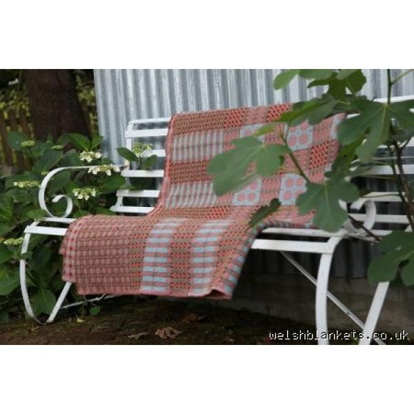 Hydrangea Blue & Pink Caernarfon tapestry Welsh blanket TBVA03