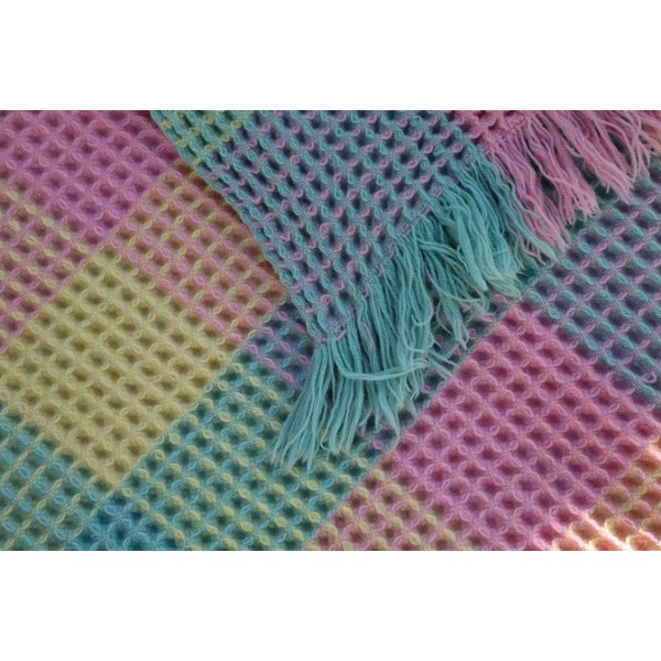Harlequin Check Honeycomb quilt . pastels CPH73